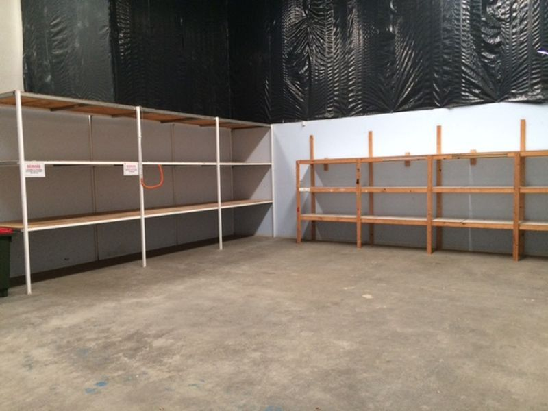 AFFORDABLE OFFICE SPACE WITH BONUS WAREHOUSE STORAGE!