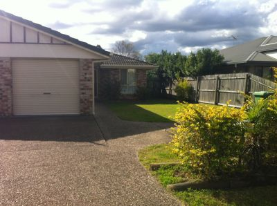 2 BEDROOM DUPLEX IN EASILY ACCESSIBLE AREA OF NORTH BOOVAL