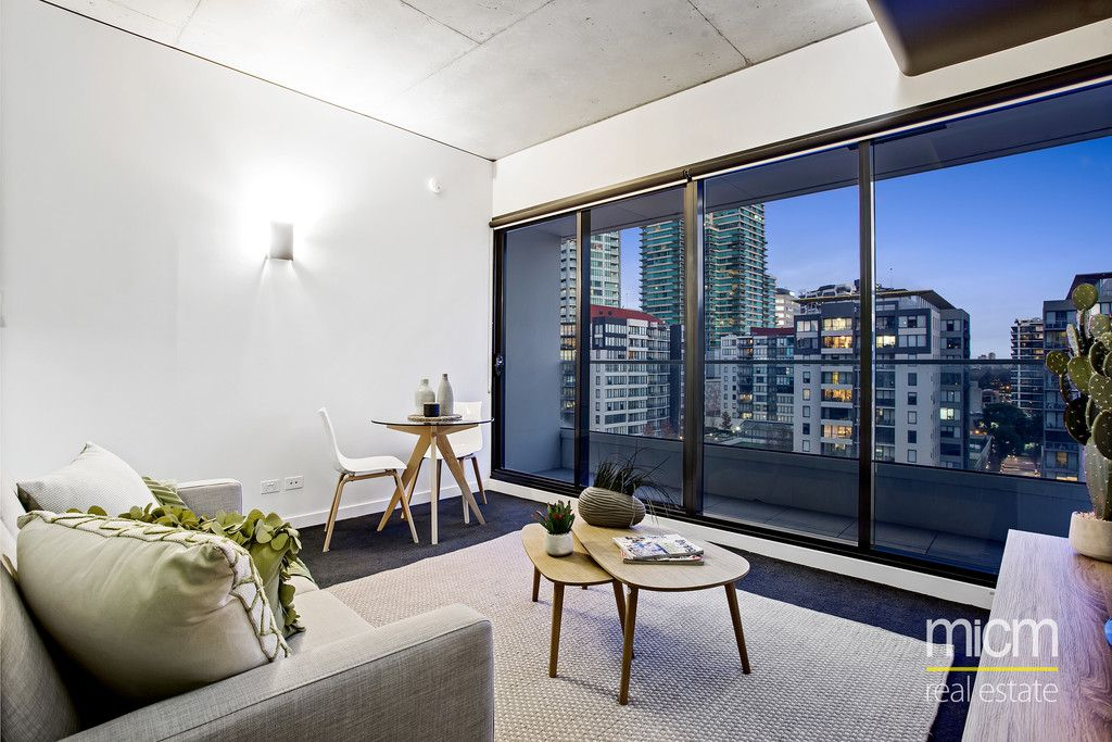 Stylish South Melbourne Living in 'Sunday'