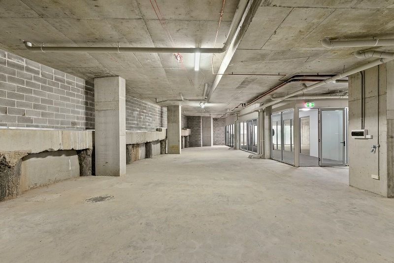 6 Strata Units For Sale/Lease in One Line