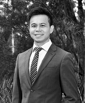 Yong Ning Carlos Ouyang Real Estate Agent