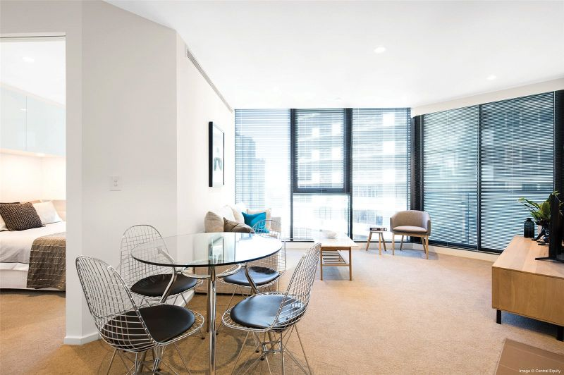 Southbank Central: Stunning Two Bedroom Apartment Boasting Fantastic Building Facilities!