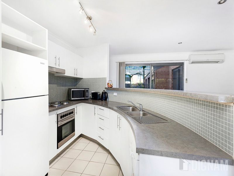 9/9 Cherry Street, Woonona NSW