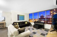 Bright and Modern Southbank Living with Bay Views