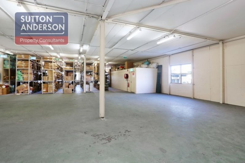 Rare Offering - Fantastic Freehold Showroom/ Warehouse/Bulky Goods Property (STCA)