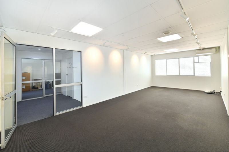 Central Noosa Junction Office