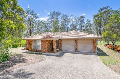 BEAUTIFUL HOME, ACREAGE LIVING WITH HUGE SHED