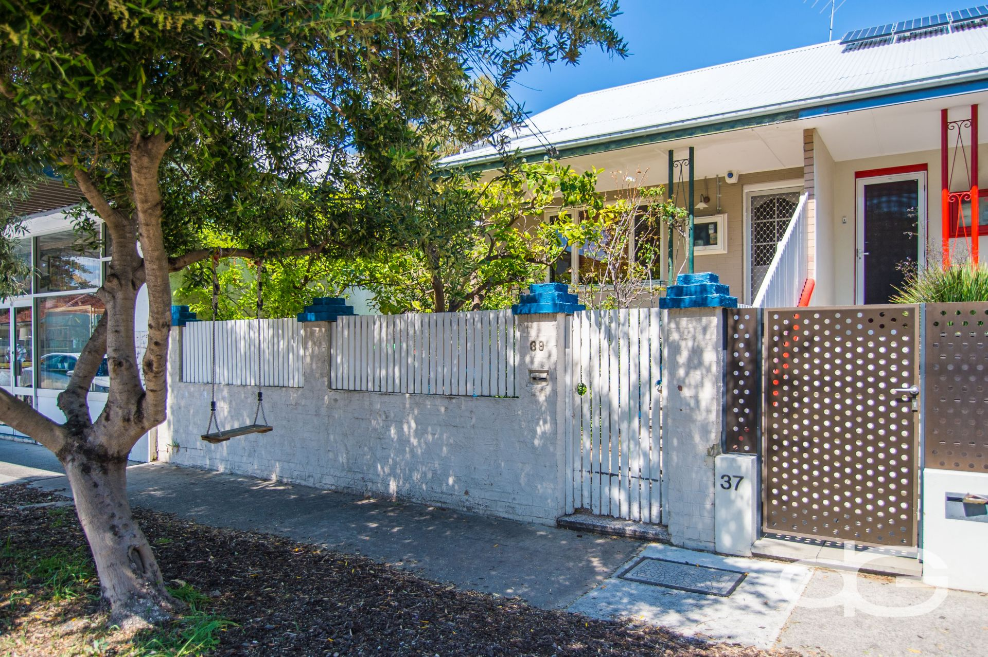 39 Wray Avenue, Fremantle