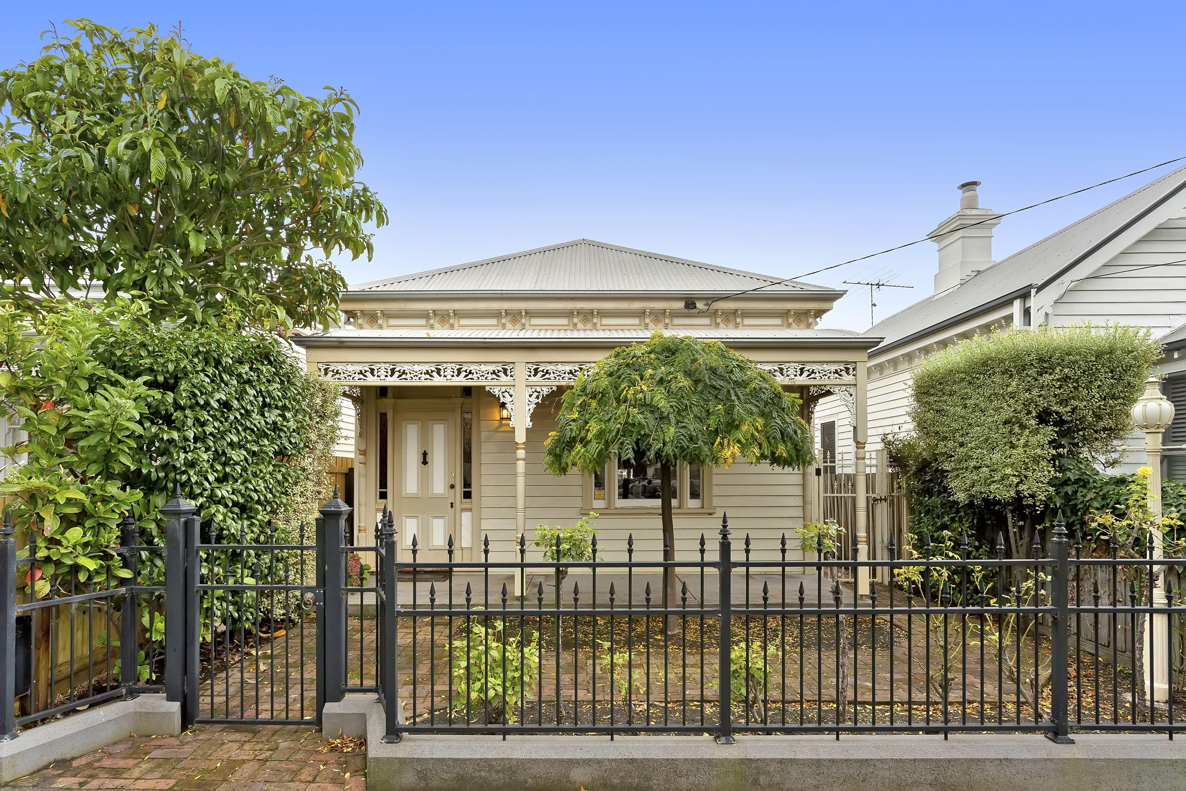 11 Sydney Avenue</br>Geelong