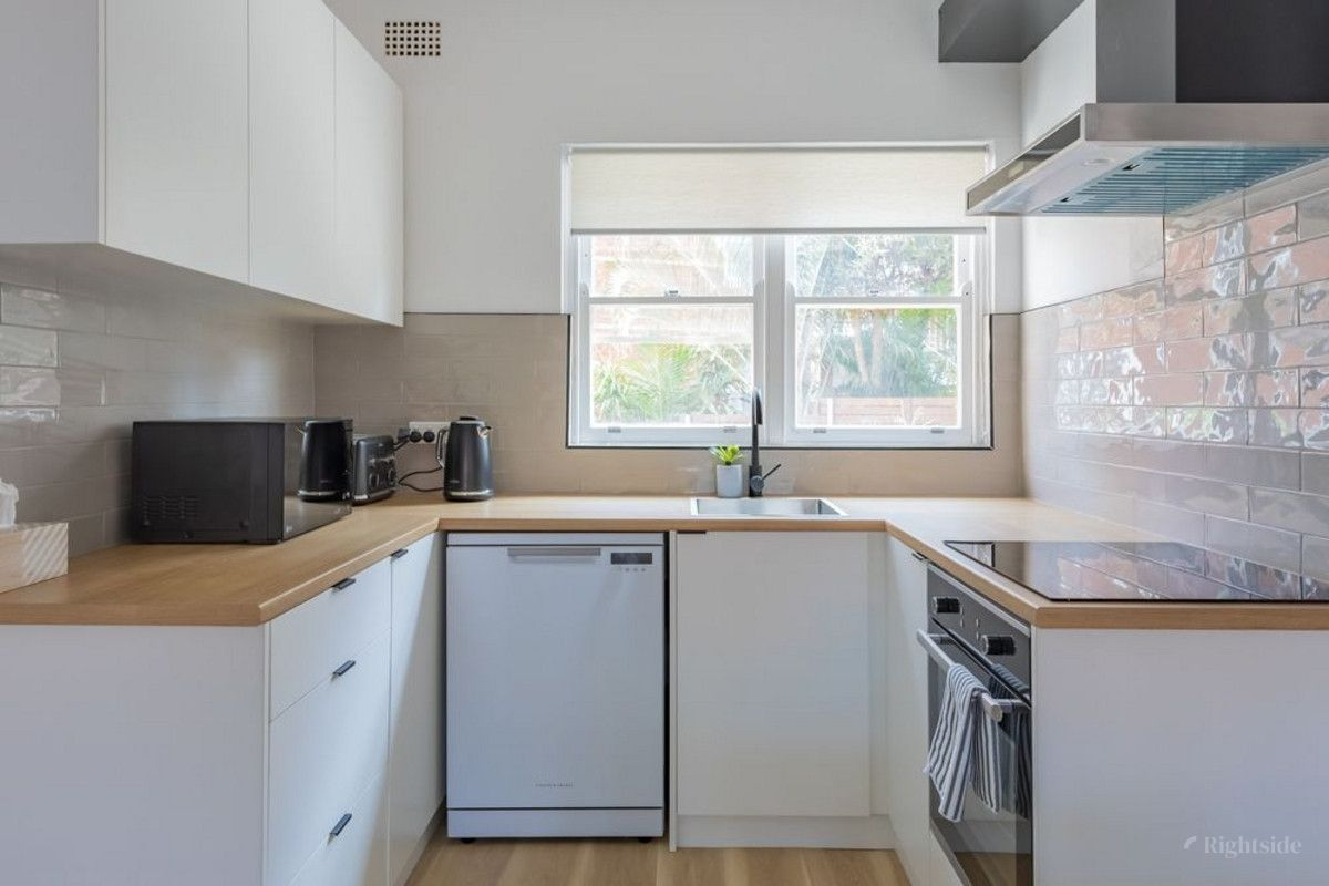 2/9 Griffin Street Manly 2095