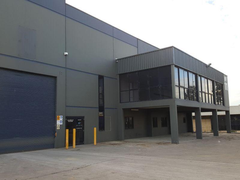 Modern Freestanding Industrial