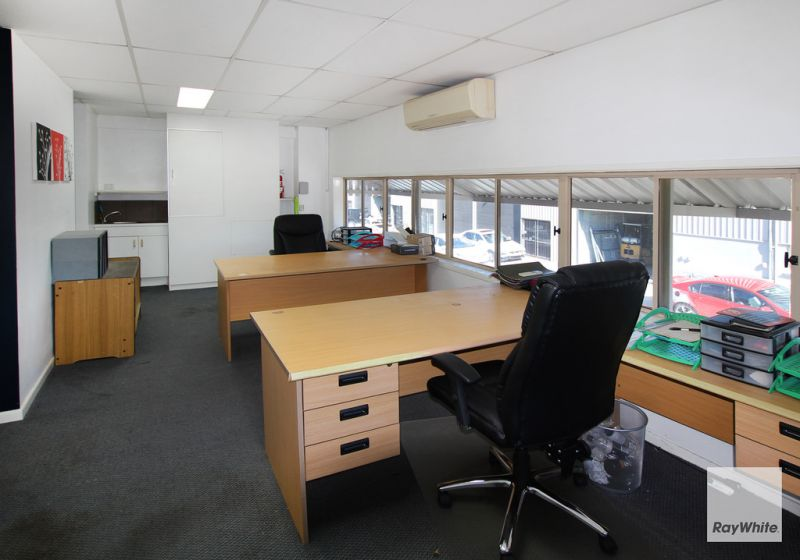 60m2 Satellite Office With Great Exposure