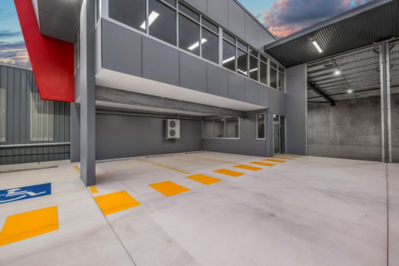 BRAND NEW WAREHOUSE / OFFICE OPPORTUNITY IN STAFFORD