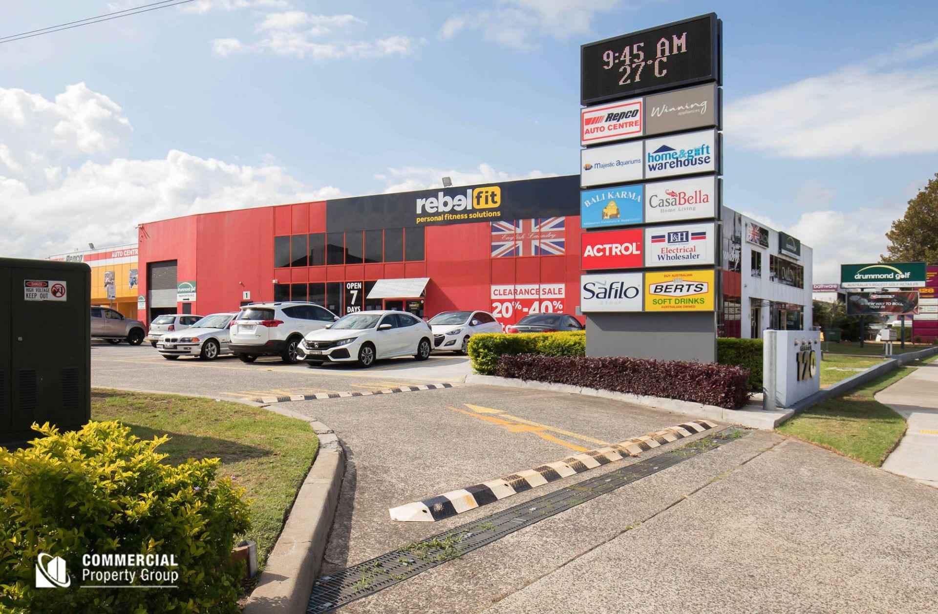 589m² Showroom - Taren Point Road