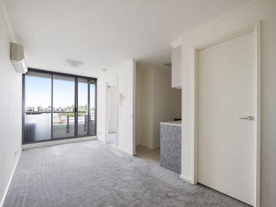 Market Square Condos: 3rd Floor - Modern Cosmopolitan Delight!