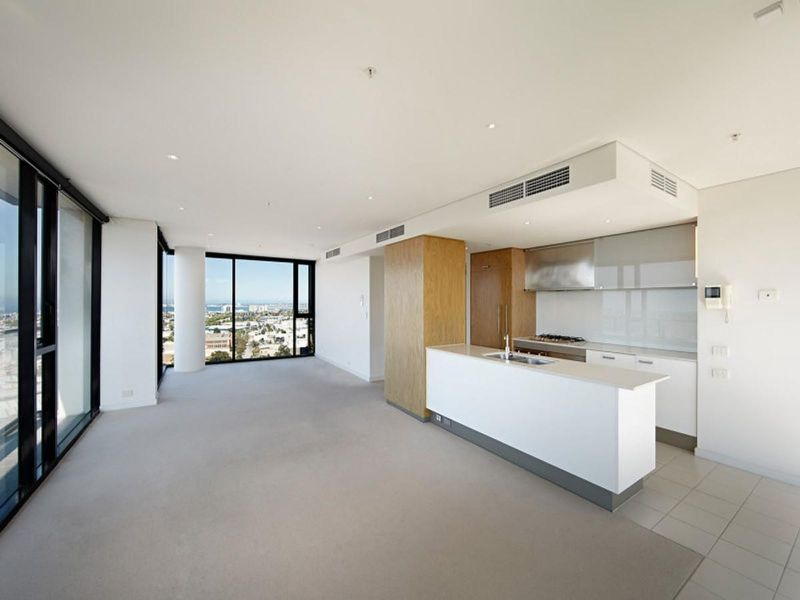 The Ultimate in Spacious Yarra's Edge Living