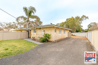 82A Parade Road, Withers