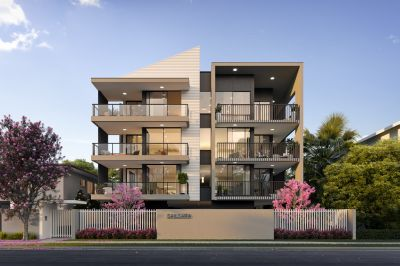 Brilliant Broadwater Residences with Luxurious Liveability