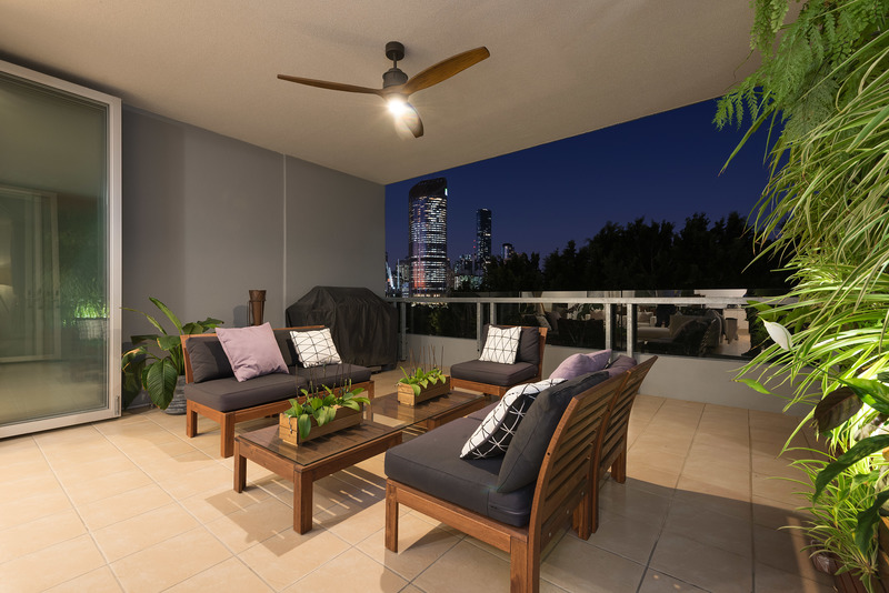 Renovated Top Floor Residence with Sweeping City and Parklands Views
