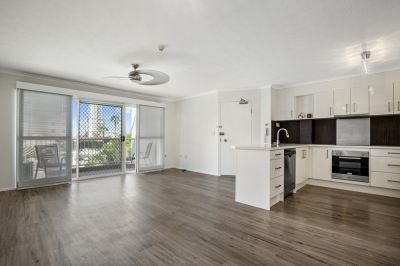 Completely Renovated split level 3 bedroom apartment