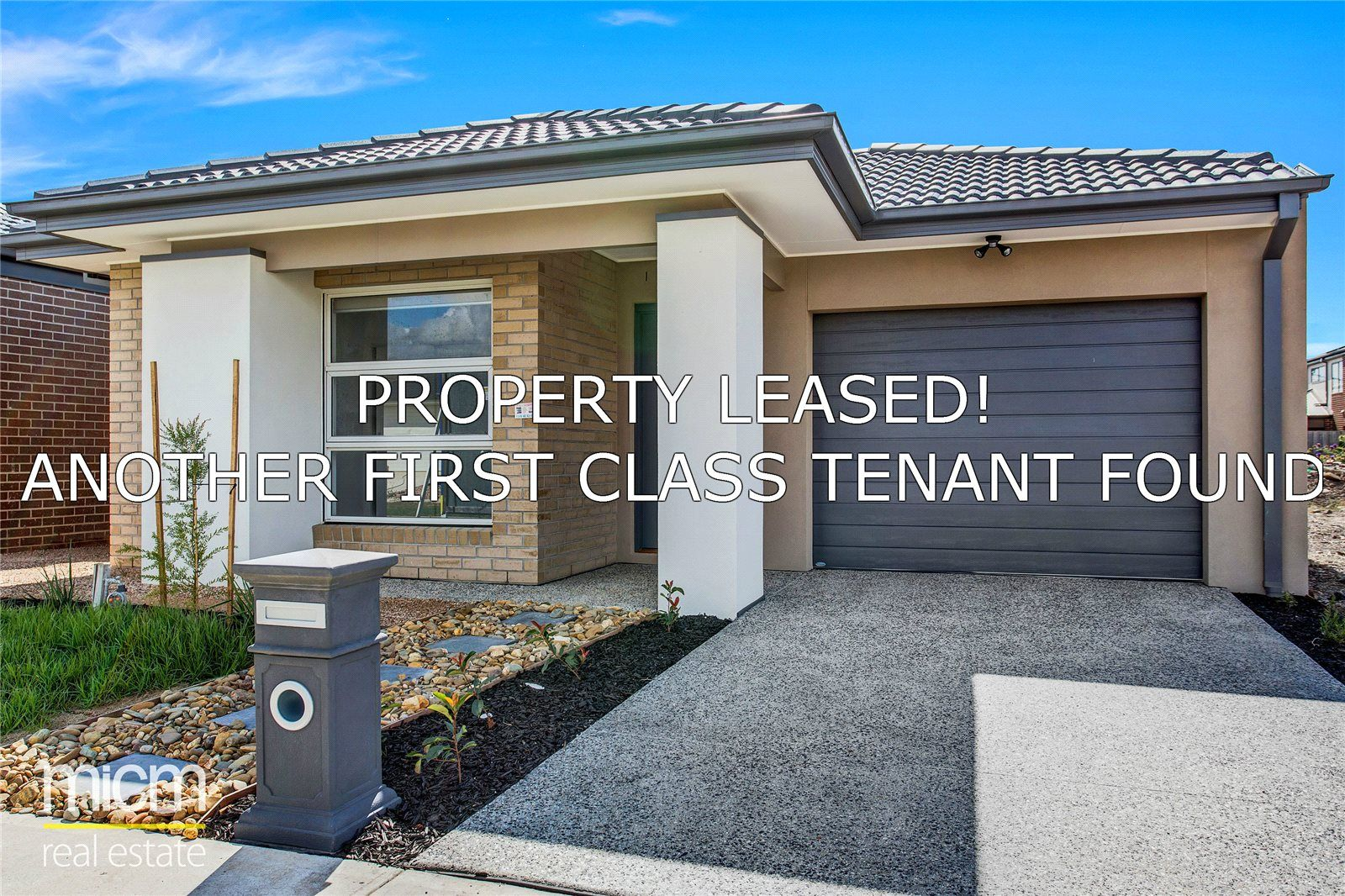 FIRST CLASS TENANT WANTED! Brand New Four Bedroom House in Point Cook!