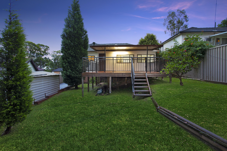 5 Loville Avenue, Seven Hills NSW 2147