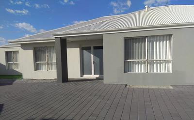 Rare Gem in Rosalea Estate - Near New, Modern, Spacious family Home