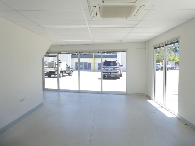 182m2* Warehouse- Perfect Size And Price For Your Business
