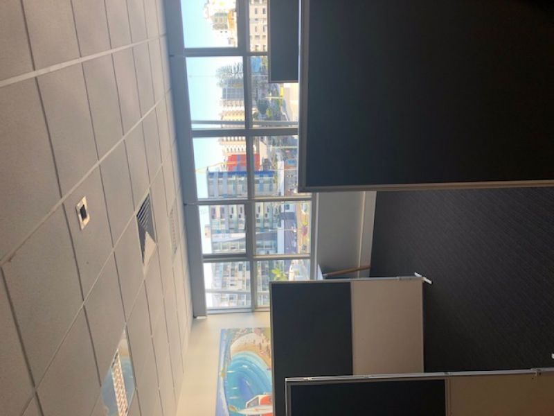 PROFESSIONAL OFFICE SPACE FOR LEASE ON BRISBANE ROAD MOOLOOLABA