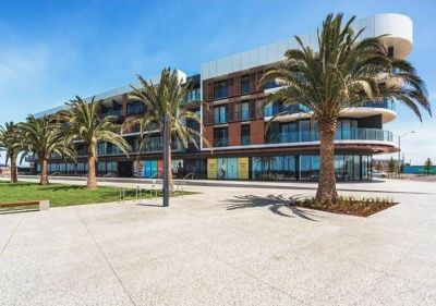 FIRST CLASS TENANT WANTED! Beautiful Apartment with Ocean Views at Wyndham Harbour!