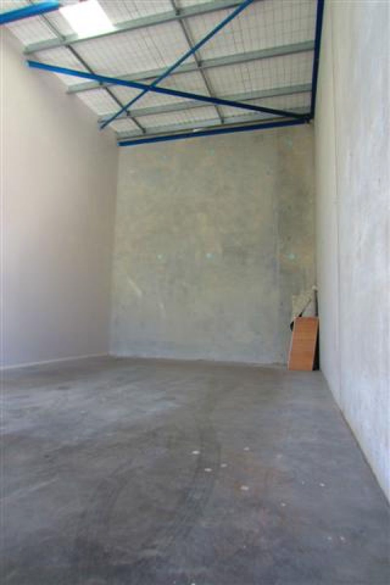 Top Quality Warehouse/Showroom/Office