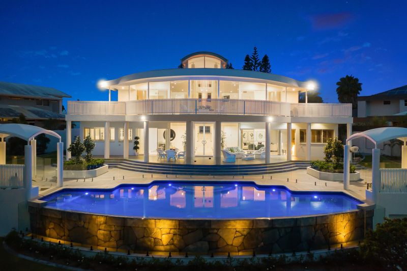 Exquisitely Renovated Grandeur and Sophistication