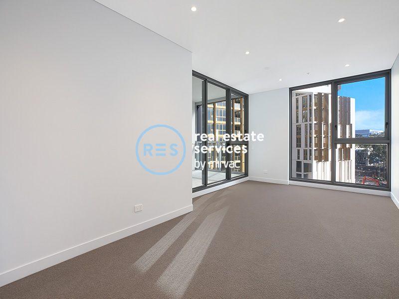 Premium Brand New North West Facing 1 Bedroom + Media Apartment in Scarlet