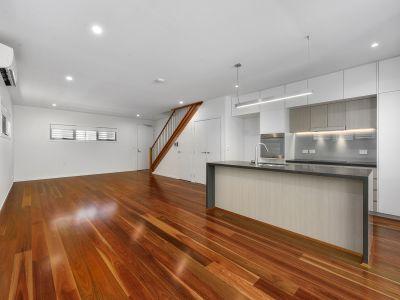 Lavish Designer Town-home - Luxury Finishes & Awesome location! + Storage