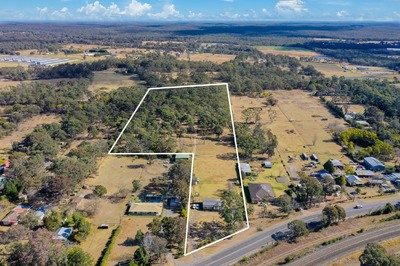 7 Glorious Acres - Great Location !!
