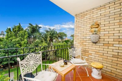North Facing, Private & Quiet Entry Into a Premier Beach Community