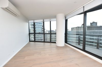 889 Collins: Stunning One Bedroom Apartment in an Unbeatable Docklands Location! L/B