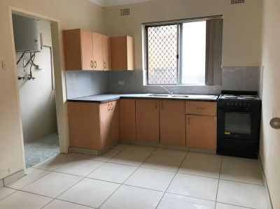 2 and 3 bedrooms fully renovated unit are available. Any time for inspection.