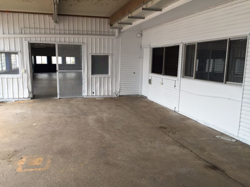 Workshop facility with 2 street frontage
