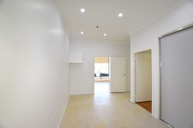:: 3D TOUR :: 102m2 FULLY PARTITIONED OFFICE IN BUSY CENTRE, VACANT & READY TO GO