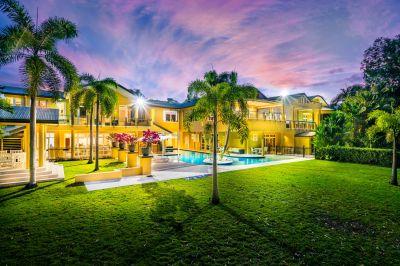 Ultimate Beachfront Luxury