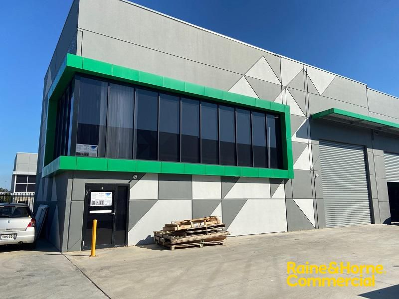 Modern Street Facing Industrial Unit For Lease