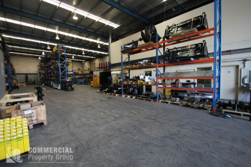 Immaculate 1,160m² Warehouse Facility