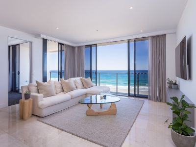 MAGNIFICENT WIDE OCEAN VIEWS FROM LEVEL 10 ECLIPSE