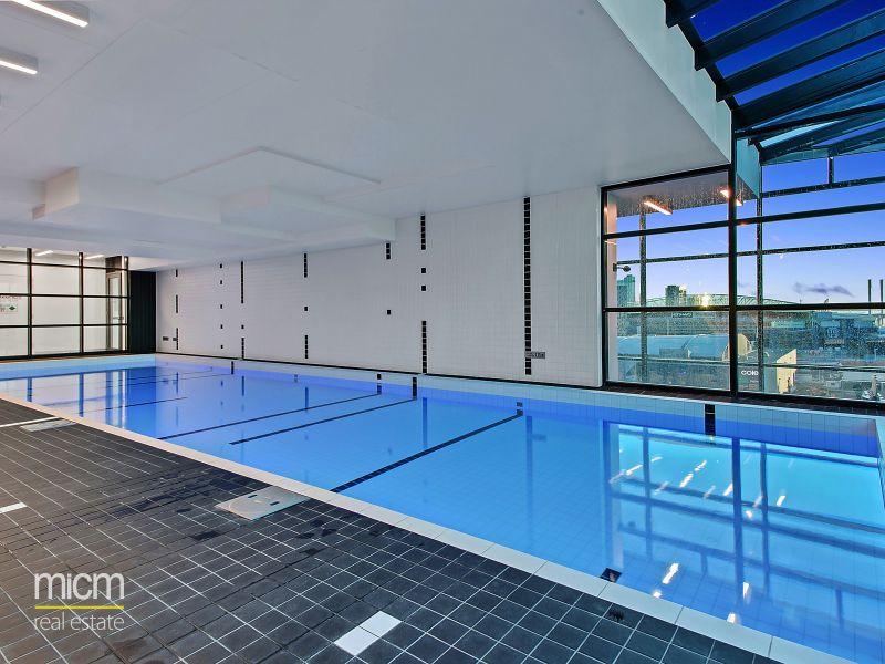Australis: Stunning Near New One Bedroom Apartment Awaits!