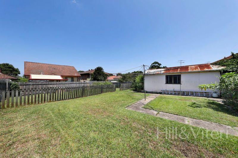73 Villiers Avenue, Mortdale NSW 2223
