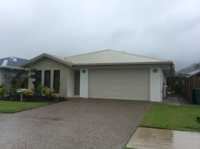 5 bed near new house close to Smithfield shops in Cairns