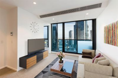 Southbank Central: 36th Floor - Fully Furnished One Bedroom Apartment with Stunning Views!