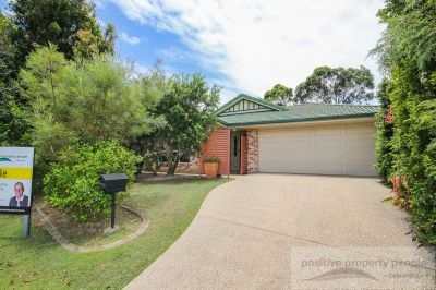 Ducted Air-con, Solar, Huge Patio - Under Contract!