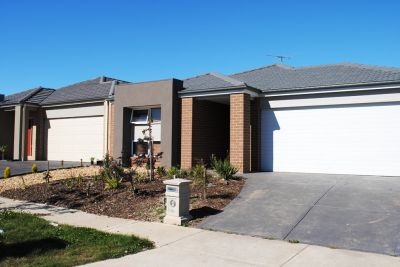 35 Hugo Drive: Feast Your Eyes On This!